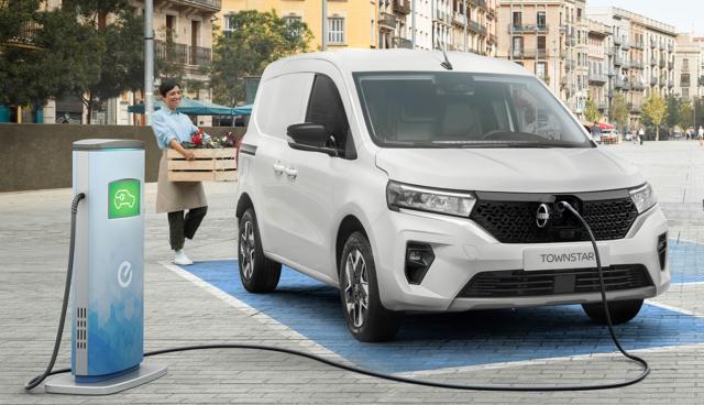 Nissan-Townstar-2021-12