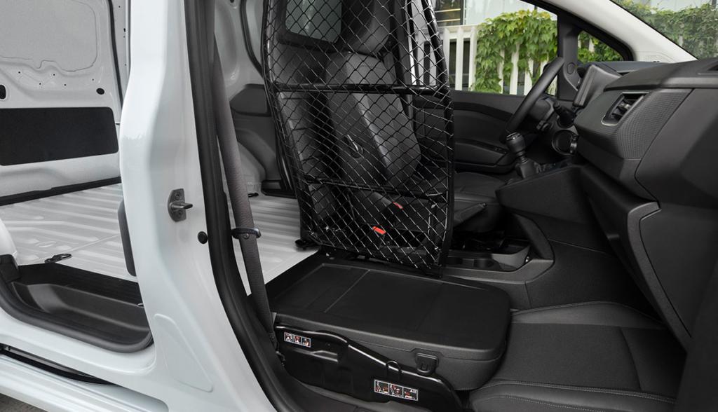 Nissan-Townstar-2021-13