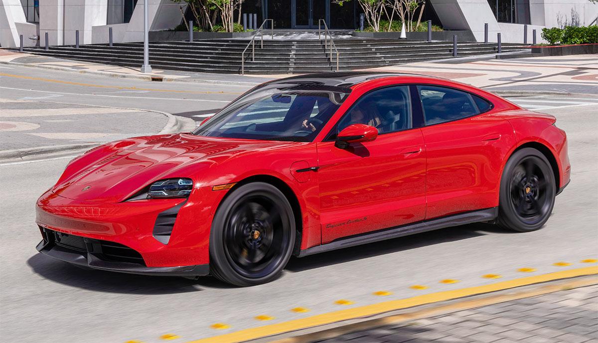 Porsche-Taycan-Turbo-S-rot