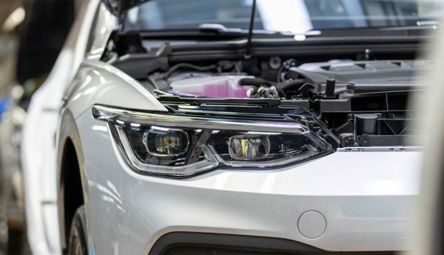 VW-Golf-8-Produktion