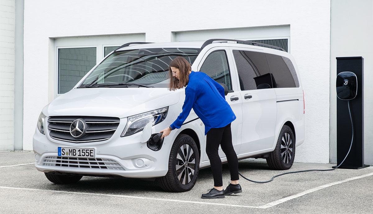 Mercedes-eVito-Tourer