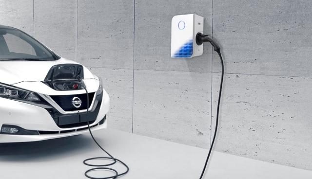 Nissan-LEAF-Wallbox