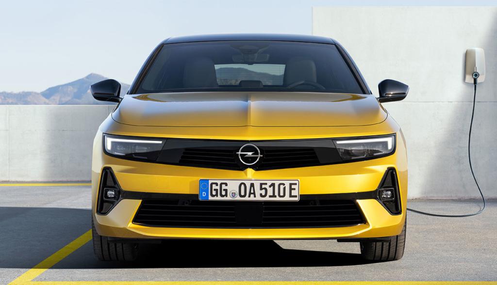 Opel Astra Hybrid-3