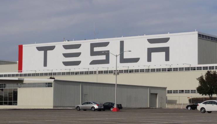 Wie Tesla ein Stickoxid-Problem vorbildlich löst