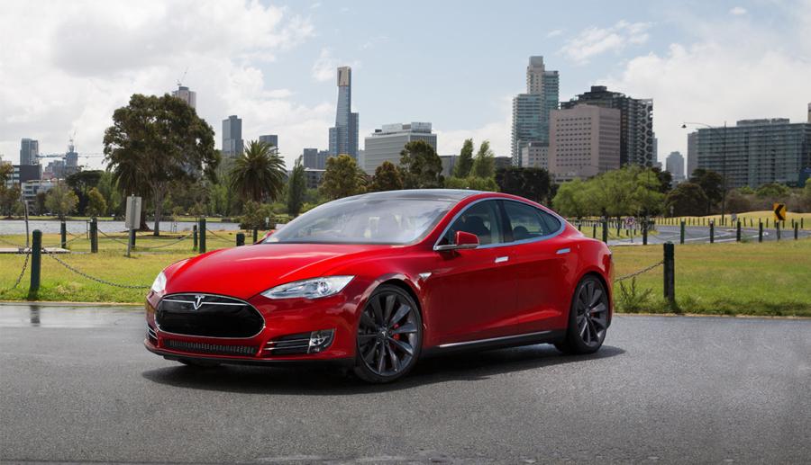 """Tesla Deutschland-Chef: """"Wieso sollte man heute noch Explosionsmotor fahren?"""""""
