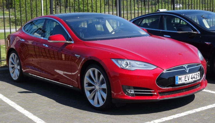 """Tesla und Dacia """"Saubermänner"""" bei Neuzulassungen"""
