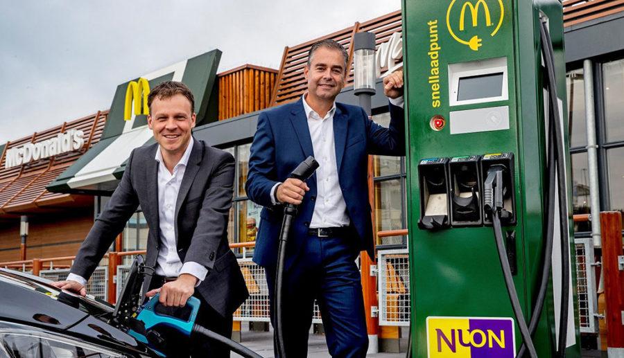 McDonald's Niederlande baut Elektroauto-Schnellladenetz auf