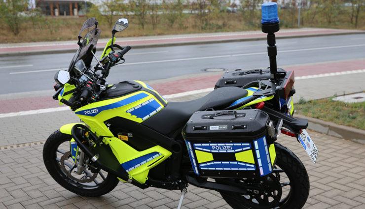 Osnabrücker Polizei flottet Elektro-Motorräder für städtischen Einsatz- und Streifendienst ein