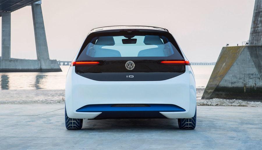 Volkswagen-Personalvorstand warnt vor überhasteter Umstellung auf E-Mobilität