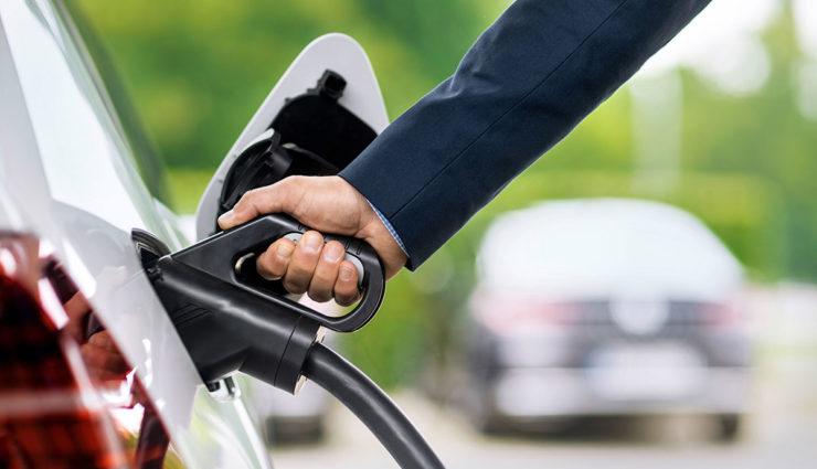Bundesregierung legt Schwerpunkt auf Elektromobilität