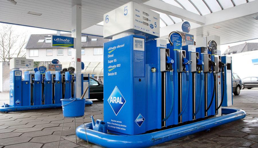 Ölmultis fordern Technologieoffenheit statt E-Mobilitäts-Fokus