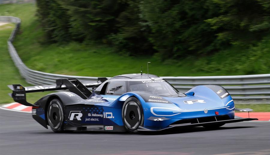 Volkswagen ID.R schafft neuen Elektro-Rekord auf dem Nürburgring