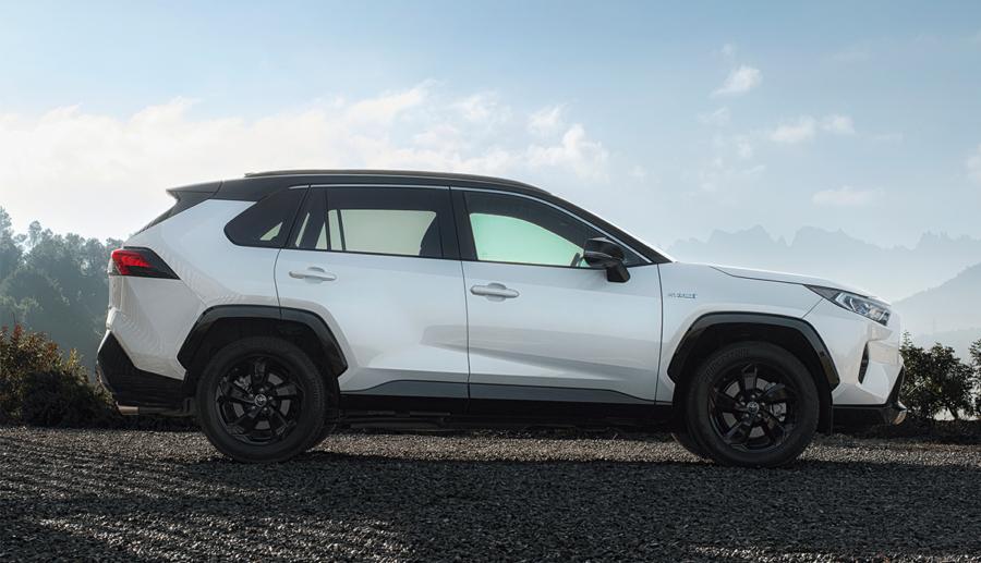 Toyota RAV4 Hybrid erzielt 4 Sterne im ADAC Ecotest