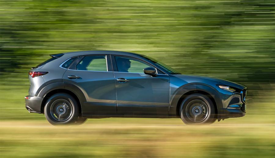 Mutmaßliches erstes Elektroauto von Mazda abgelichtet