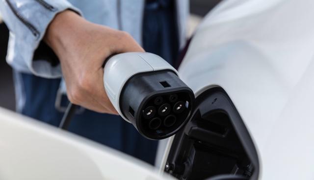 VDA will CO2-Bepreisung über Mengensteuerung und Millionen neue Ladepunkte