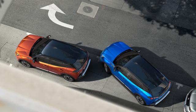 Peugeot-e-2008-oben