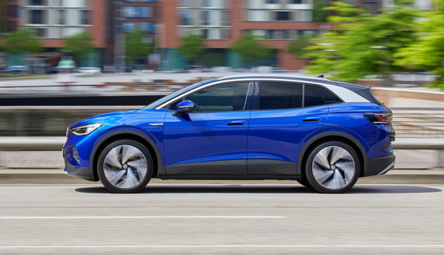 VW-ID4-blau-Seite
