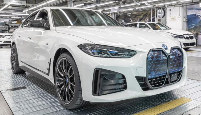 BMW-i4-Produktion-2021-6